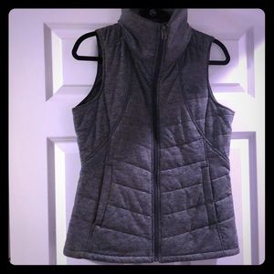 Women's The North Face Gray Quilted Vest Sz M